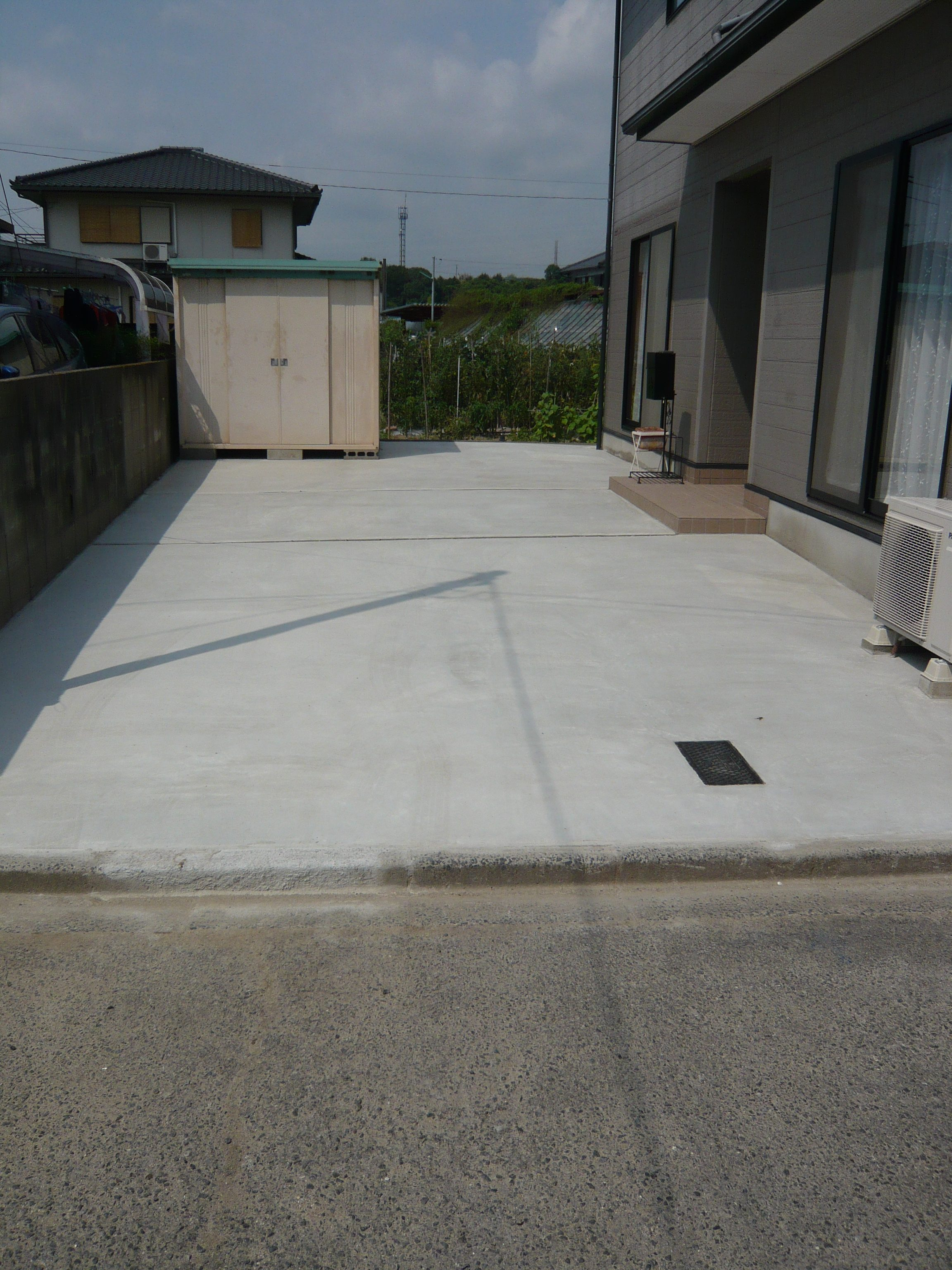 駐車場土間